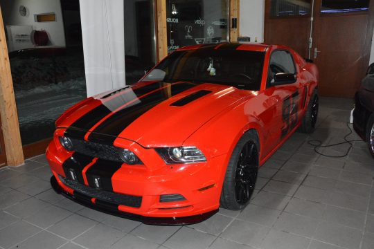 Ford Mustang Streifen DFC Folienwerk Singen Gottmadingn (8)