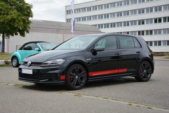 Gottmadingen Singen Autofolierung Golf GTI 7 Volkswagen Aufkleber Seitenstreifen (2)