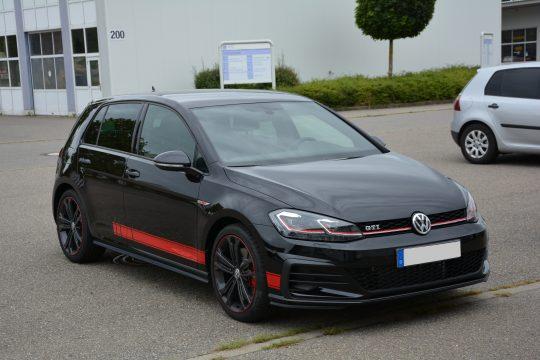 Gottmadingen Singen Autofolierung Golf GTI 7 Volkswagen Aufkleber Seitenstreifen (4)